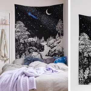 Urban Outfitters Starry 💫 Woods Tapestry